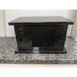 Urne en granit rectangulaire - Noir absolu